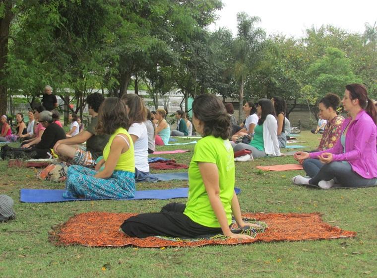 Yoga ao ar Livre no Parque da Juventude também fás parte da Programação