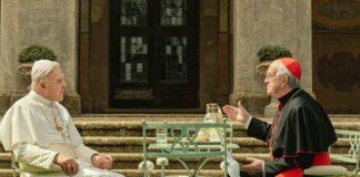 Dois Papas Conversando